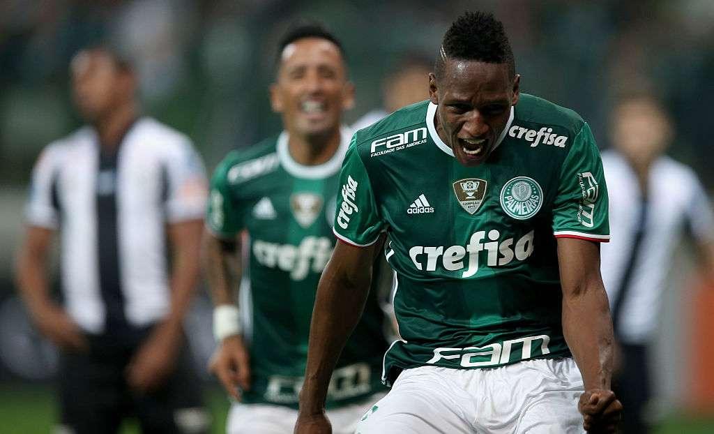 «Палмейрас» вышел в финал Кубка Либертадорес при скандальном судействе