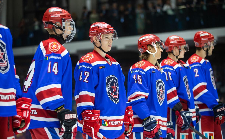 Власти Канады не пустили в страну 18-летнего российского хоккеиста Низовкина