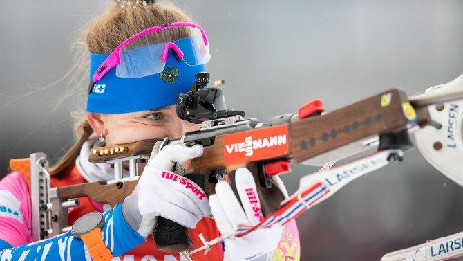 Давидова выиграла индивидуальную гонку на ЧМ по биатлону, Миронова — пятая
