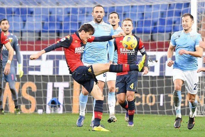 Ди Марцио: тренер «Дженоа» согласился взять Шомуродова, чтобы президент клуба не купил Балотелли