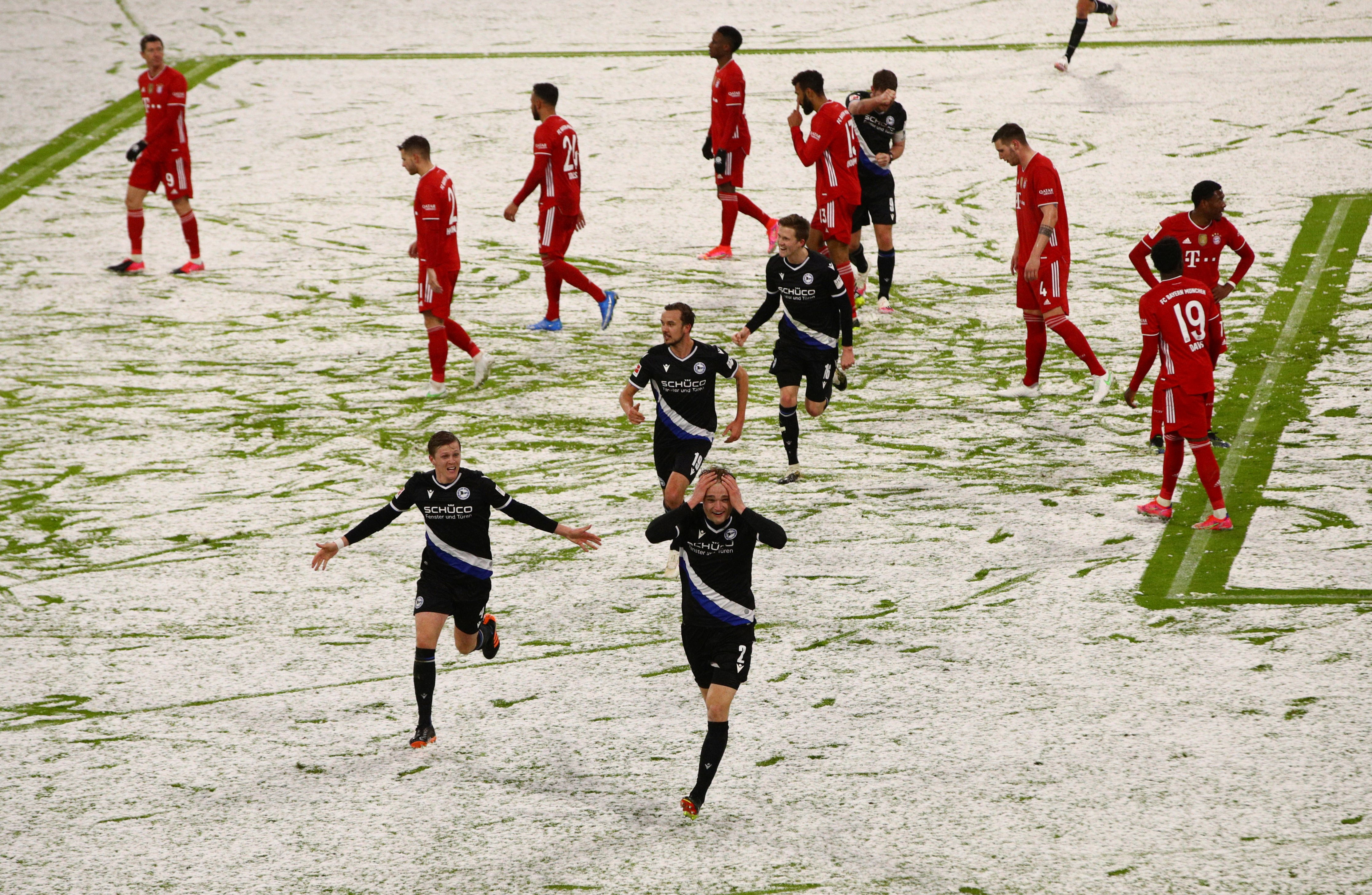 «Бавария» сыграла вничью с «Арминией» в матче с шестью голами