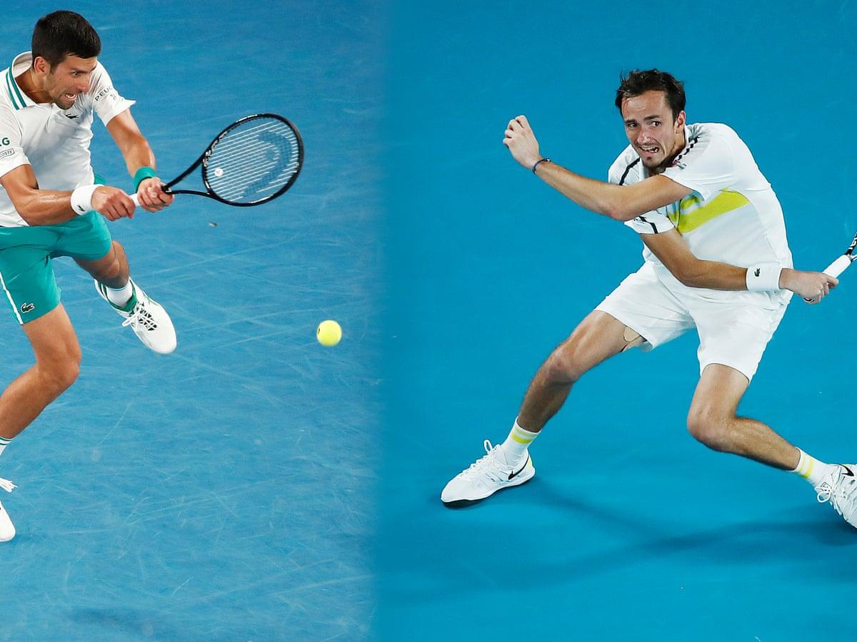Медведев сломал ракетку в ходе второго сета в финале Australian Open