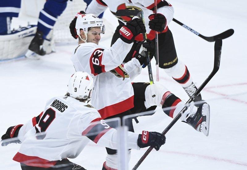 Дубль Дадонова и гол Зуба помогли «Оттаве» победить «Торонто»