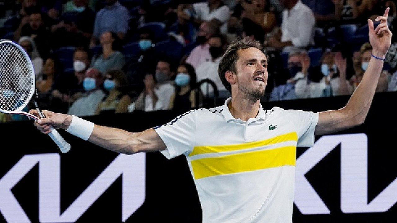 Стали известны призовые Медведева за выступление на Australian Open