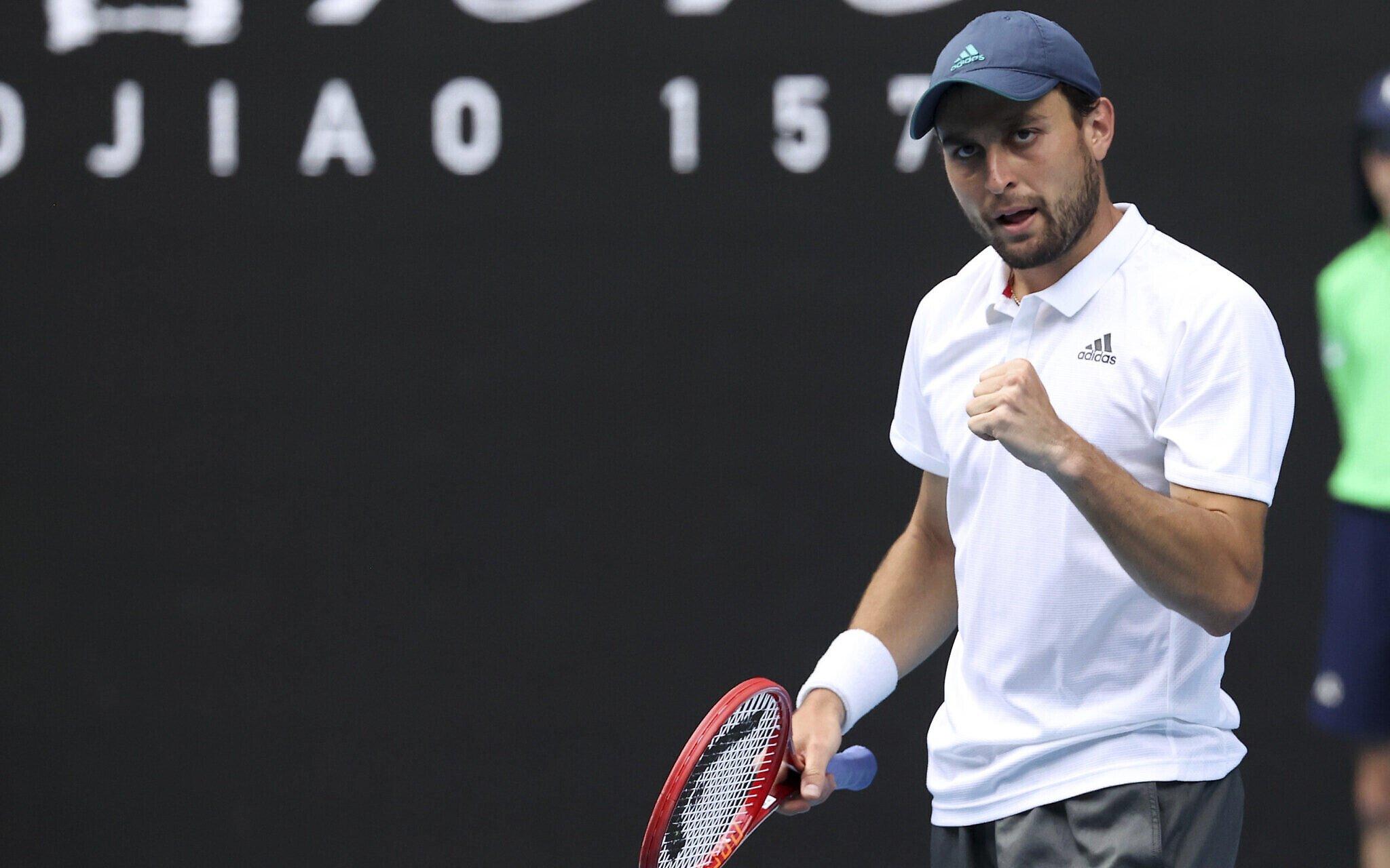 Карацев победил Харриса и выиграл первый в карьере турнир ATP