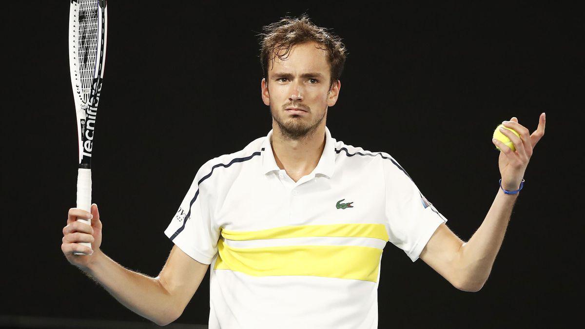 Медведев стал пятым теннисистом в истории с десятью тысячами очков в рейтинге ATP
