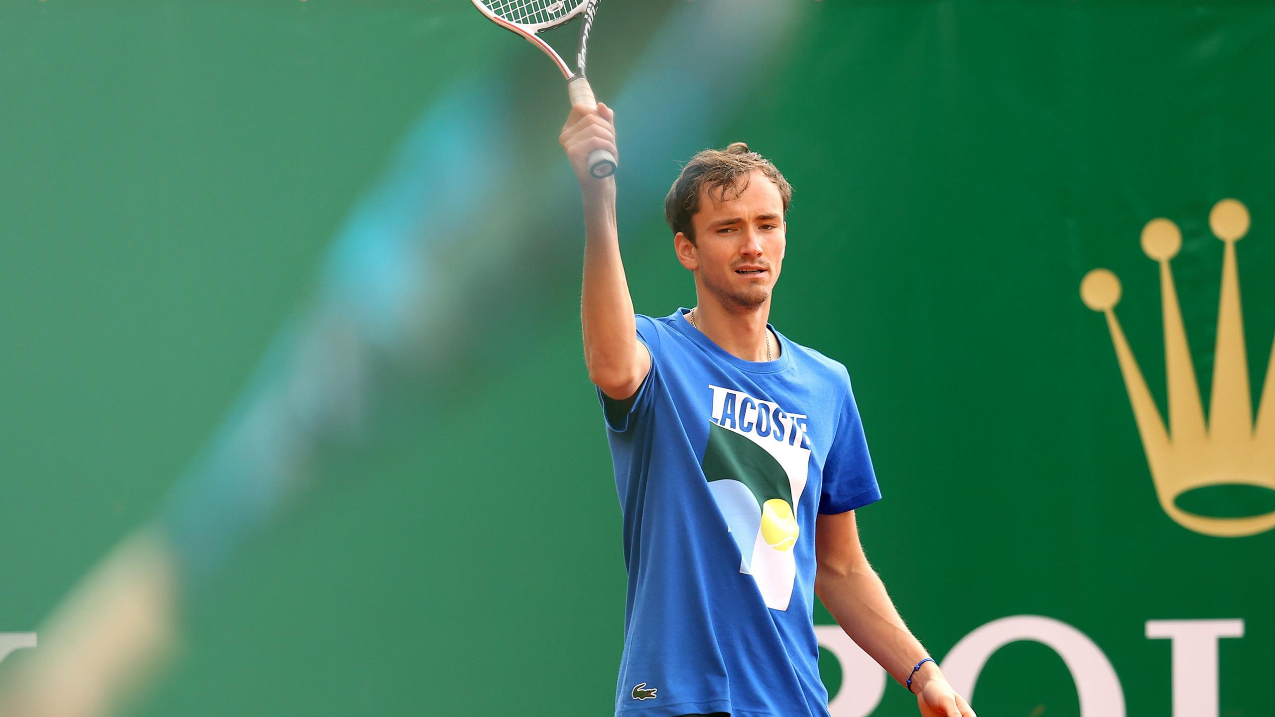 Медведев опустился на третью позицию рейтинга ATP, Надаль обошел россиянина