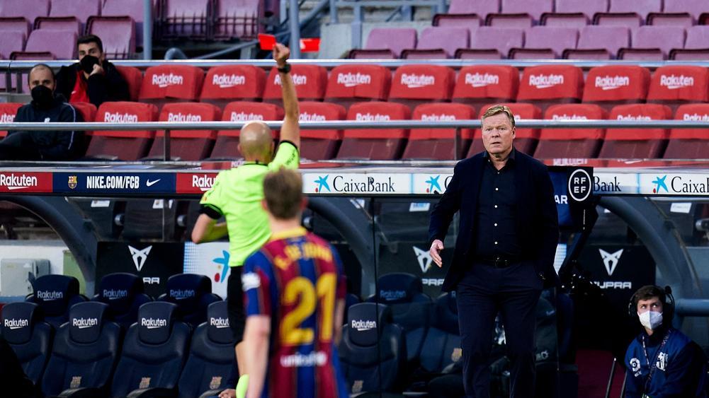 Куман пропустит матчи «Барсы» с «Валенсией» и «Атлетико» из-за дисквалификации