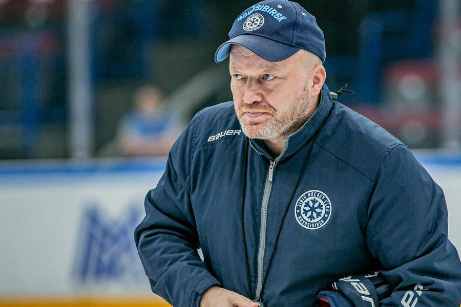 «Сибирь» объявила об уходе главного тренера Заварухина