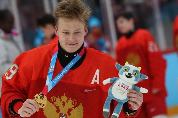 Мичков побил рекорд Овечкина, став самым юным автором покера в составе юниорской сборной России
