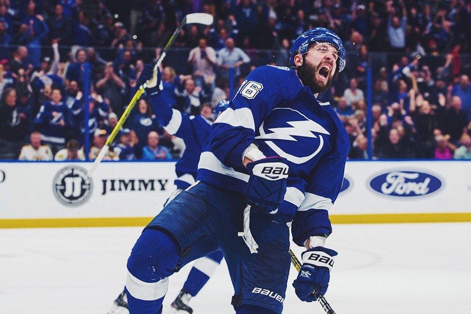 Три очка Кучерова принесли «Тампе» победу над «Флоридой» в первом матче плей-офф НХЛ
