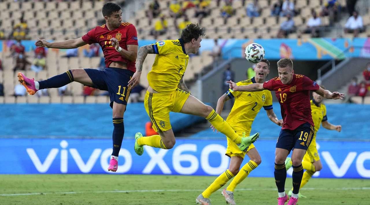 Испания и Швеция сыграли вничью в матче Евро-2020