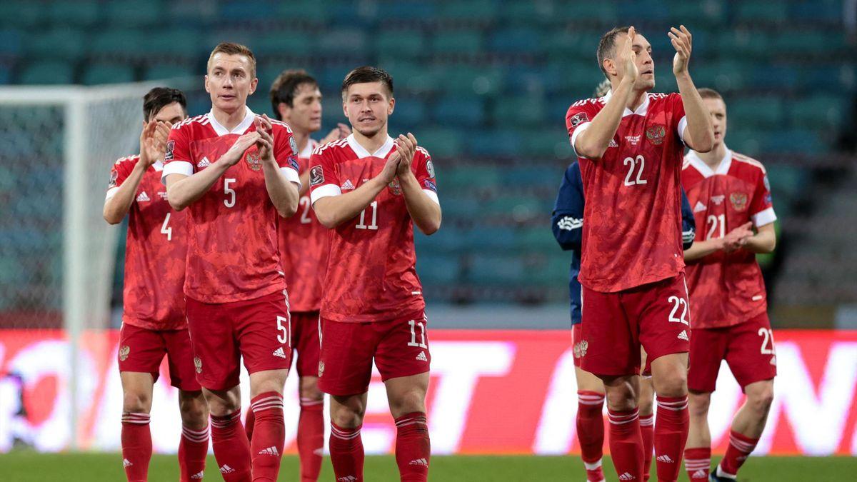 Сборная России не планирует вставать на колено в поддержку BLM перед матчем с Бельгией