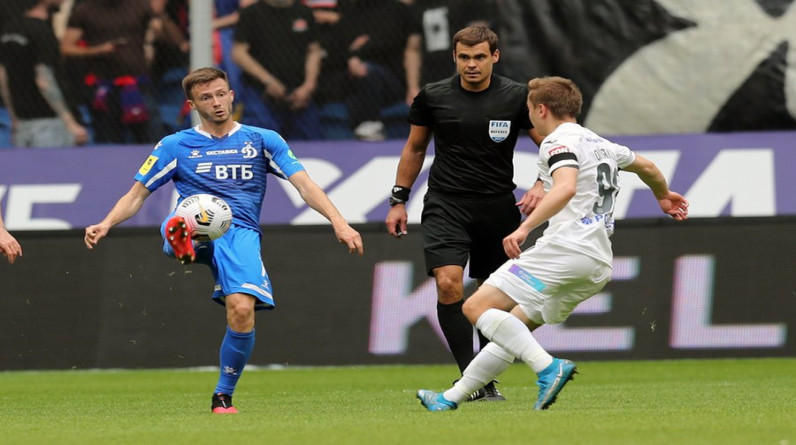 Роспотребнадзор запретил московским клубам РПЛ проводить матчи с посещаемостью более 500 человек