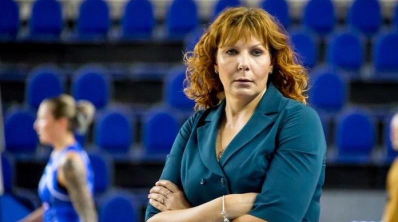 Элен Шакирова стала первой женщиной-главным тренером в мужском баскетболе