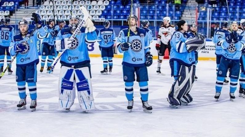 «Сибирь» минимально обыграла «Куньлунь», одержав вторую в сезоне победу в КХЛ