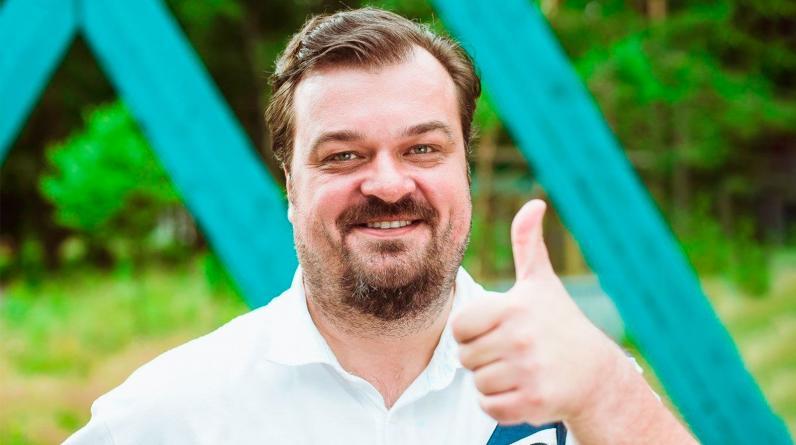 «Фонбет» схантил Василия Уткина у «Марафона», предложив зарплату 1 млн рублей в месяц