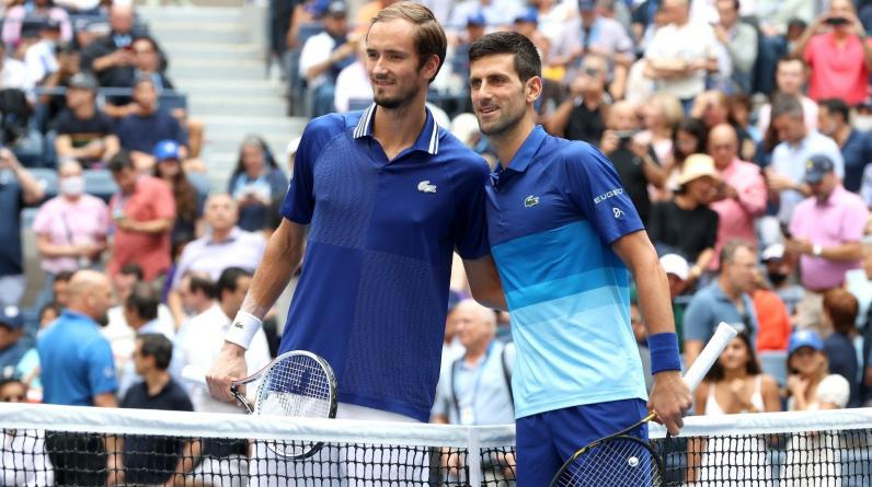Медведев стал пятым теннисистом, обыгравшим Джоковича в финале турнира «Большого шлема»