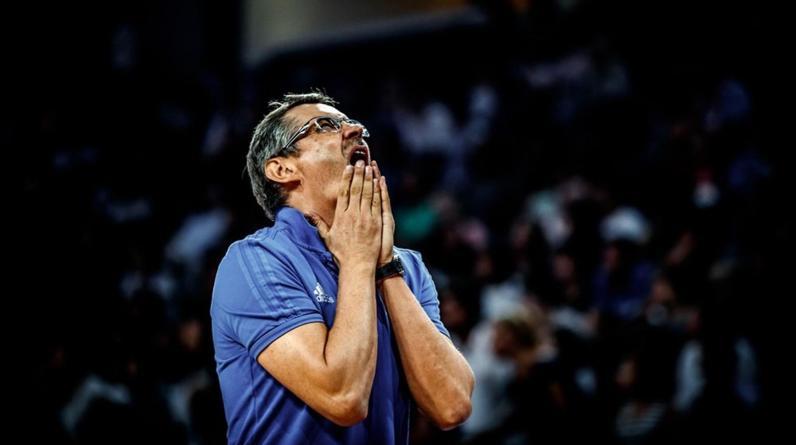 Сергей Базаревич покинул пост тренера сборной России по баскетболу