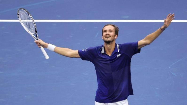 Медведев рассказал, как отреагировал на поздравление от Путина с победой на US Open